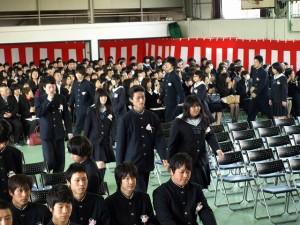 卒業生入場
