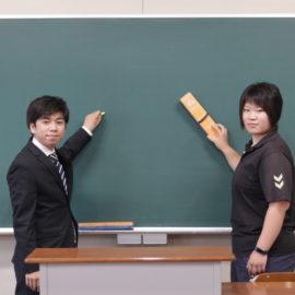 教育実習生の紹介です。