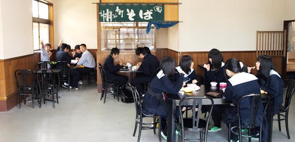 学食の様子1